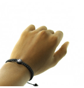 Yaread_ Unisex Hand Made Black String  Cross Bracelet