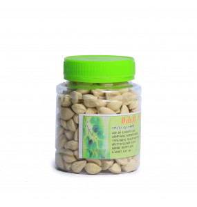 Tsehaye_ Organic Moringa Fruit